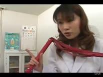 Скриншот для Развратная докторша азиатка соблазнила больного на порно от первого лица
