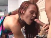 Скриншот для Очкастую девушку с большой попой отымели толстым членом