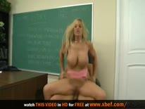 Скриншот для Развратная училка с большими сиськами затрахала молодого студента