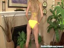 Скриншот для Шикарная блондиночка с удовольствием отсосала здоровенный ствол