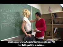 Скриншот для Студент после занятий дал на рота красивой преподавательнице