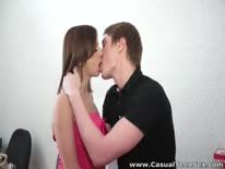 Скриншот для Чел пригласил в гости молодую подругу и занялся с ней сексом