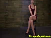 Скриншот для Стройная секси телочка любит БДСМ