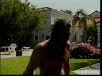 Скриншот для Знойная парочка прямо в парке устроила хардкорное порно